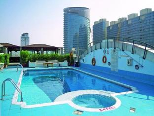 Regent Palace Hotel Dubai - Zwembad