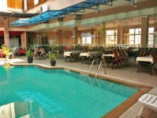 Brisdale Hotel Kuala Lumpur - Swimming Pool