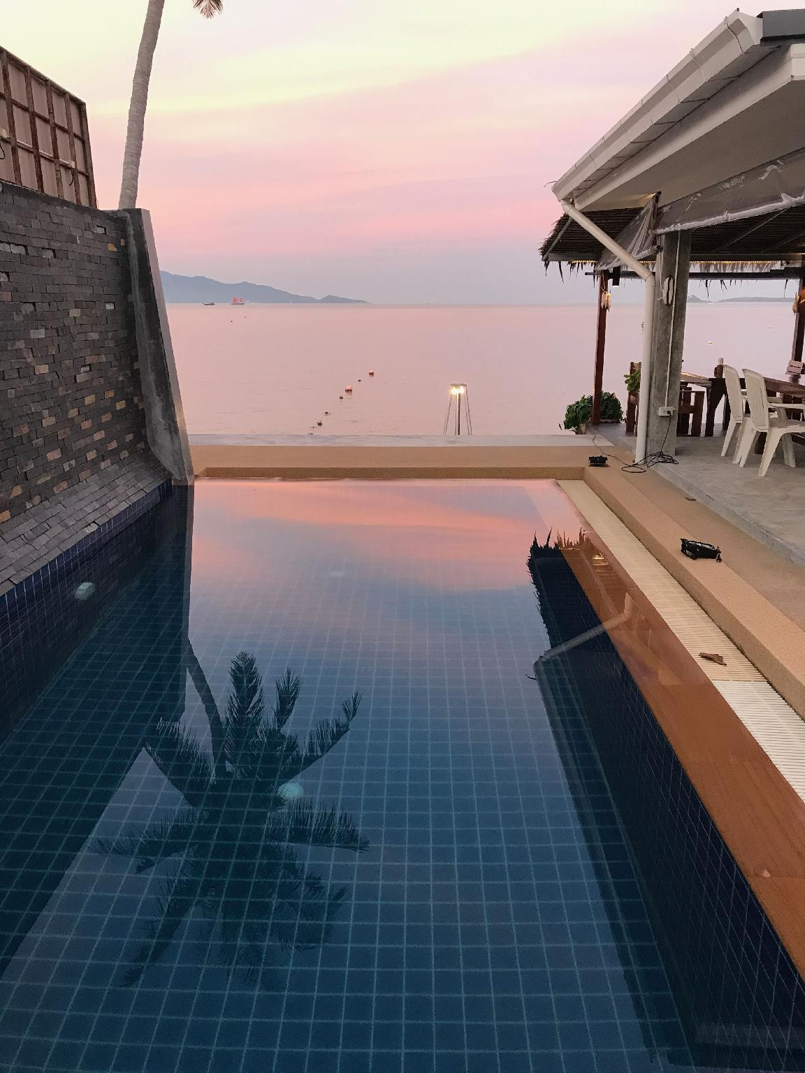 Pico Beach Bungalows and Resort ปิโก บีช บังกะโล แอนด์ รีสอร์ต