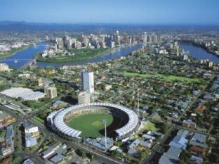 Riverside Hotel Southbank Brisbane - Gabba Stadium