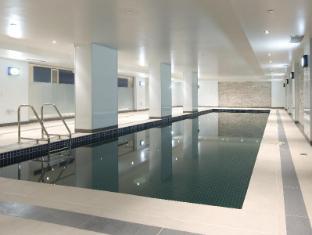 Best Western Atlantis Hotel Melbourne - Swimming Pool