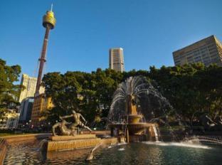 Y Hyde Park Hotel Sydney - Surroundings - Hyde Park