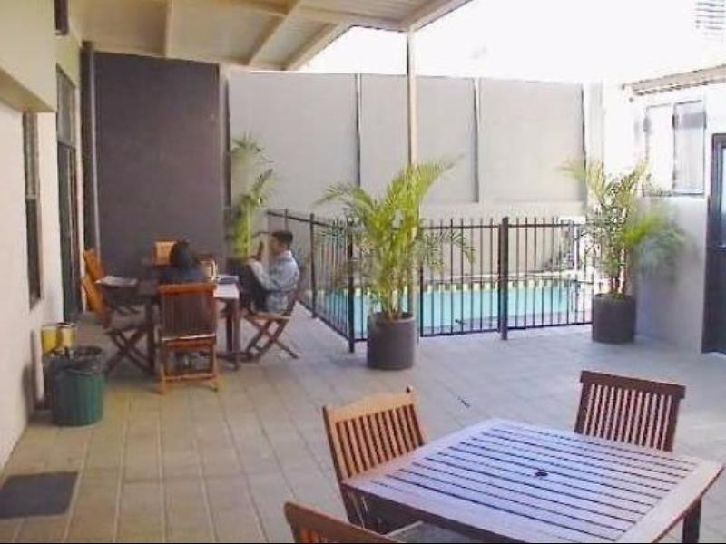 Reviews Globe Backpackers and City Oasis Resort
