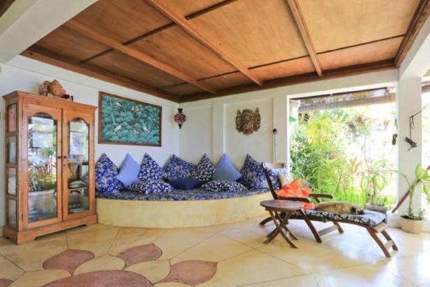 Tejakula Ocean Beach House/2bd/2ba/ac/breakfast!