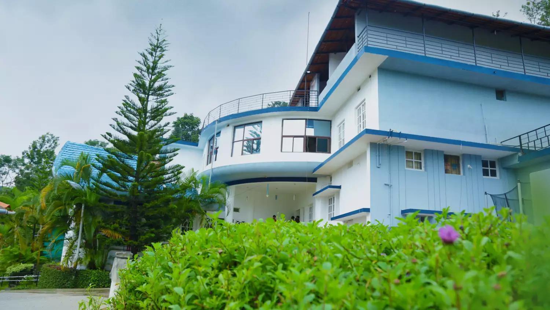 La Flora Beverly Hill Resort