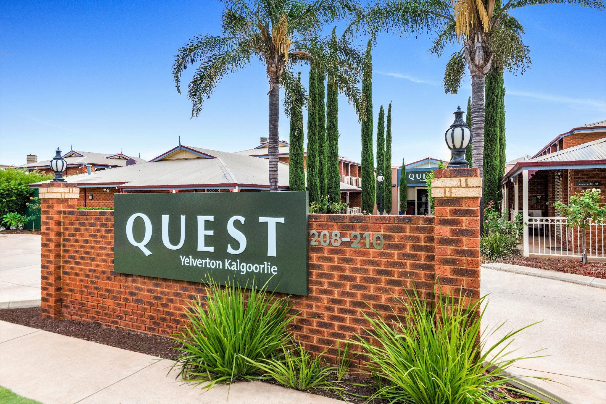 Quest Yelverton Hotel