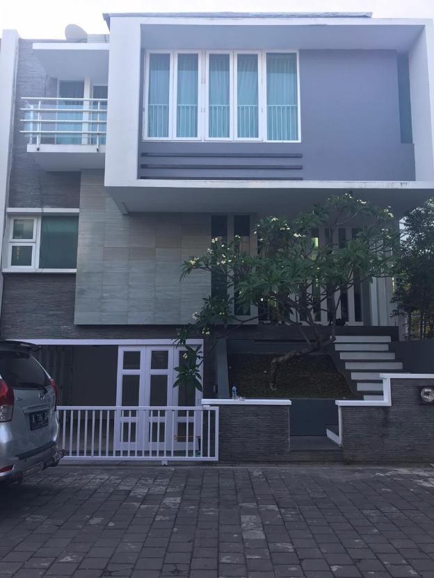 3BR Home with Pool Near Kuta