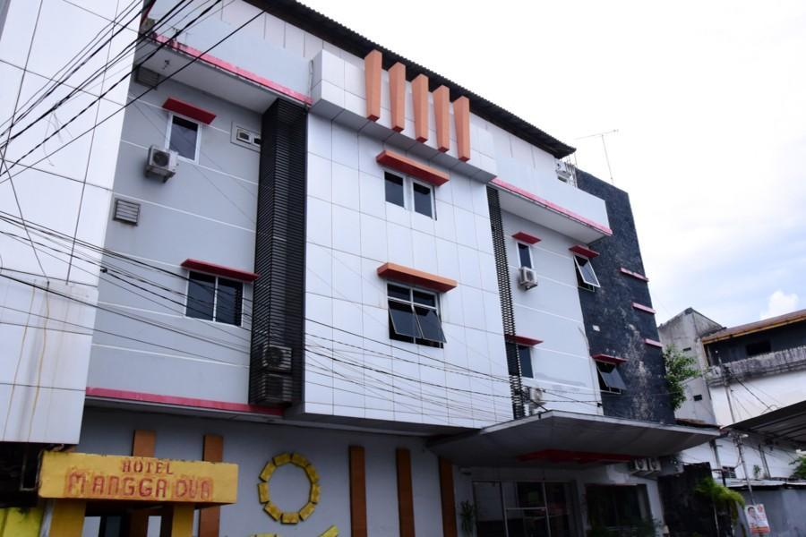 RedDoorz Plus Near Pasar Butung Makassar
