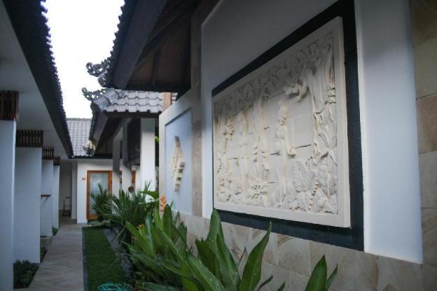 Villa Casablanca Surf Keramas