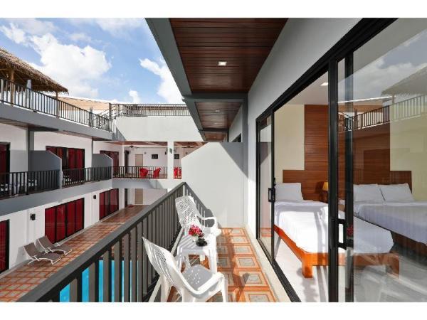Pool access Hotel near Fitness Street soi Ta Iad Phuket
