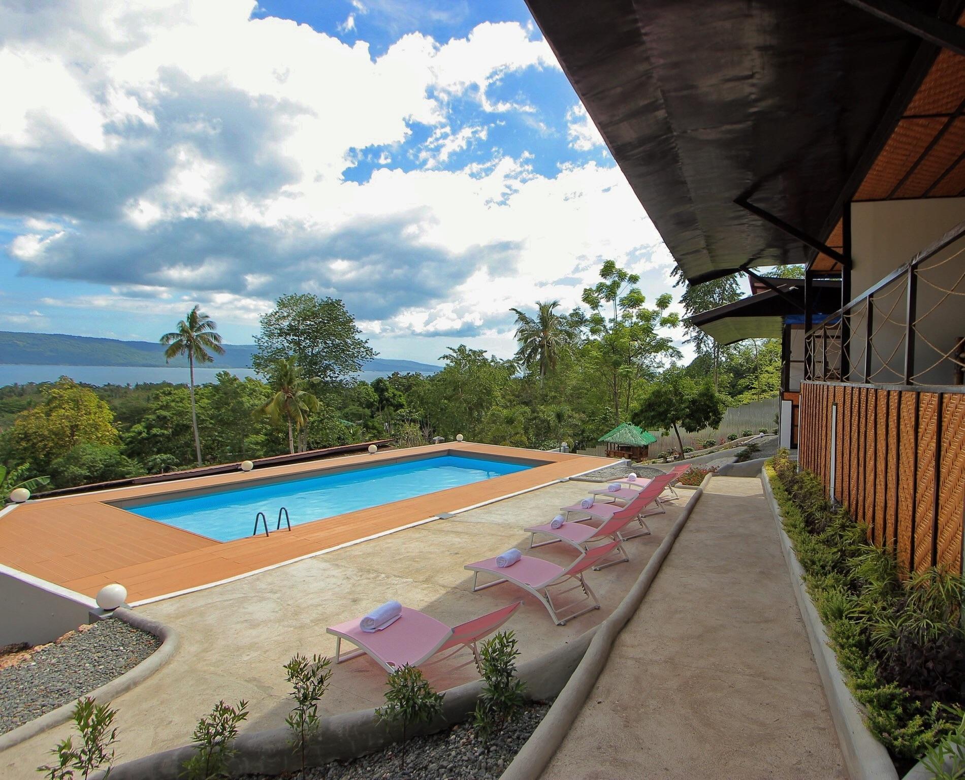 Seascape Inland Resort