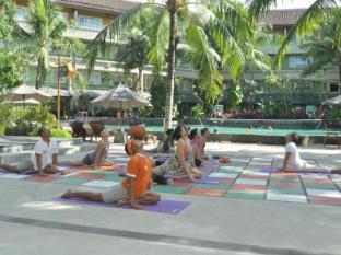 HARRIS Resort Kuta Beach Bali - Sports and Activities