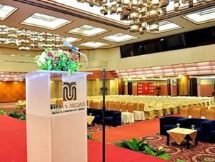 Tiara Medan Hotel & Convention Center Medan - Salle de bal