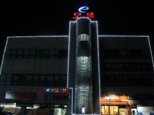 E-Motel