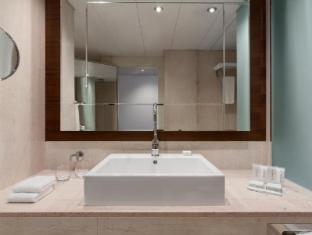 Grand Hotel Kempinski Geneva Geneva - Bathroom