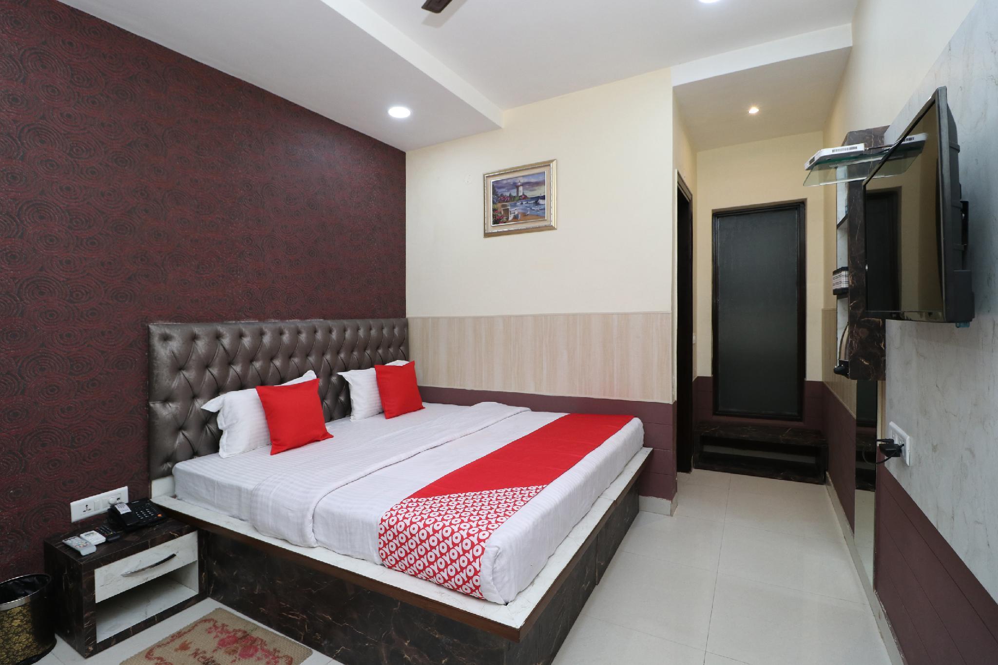 Capital O 30277 Hotel V2v