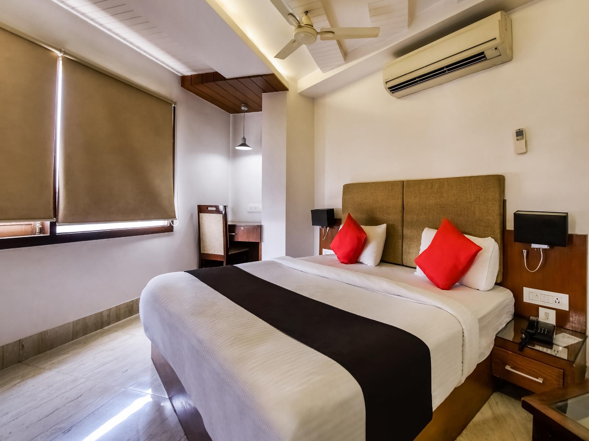 Capital O 30399 Hotel Prime Presidency