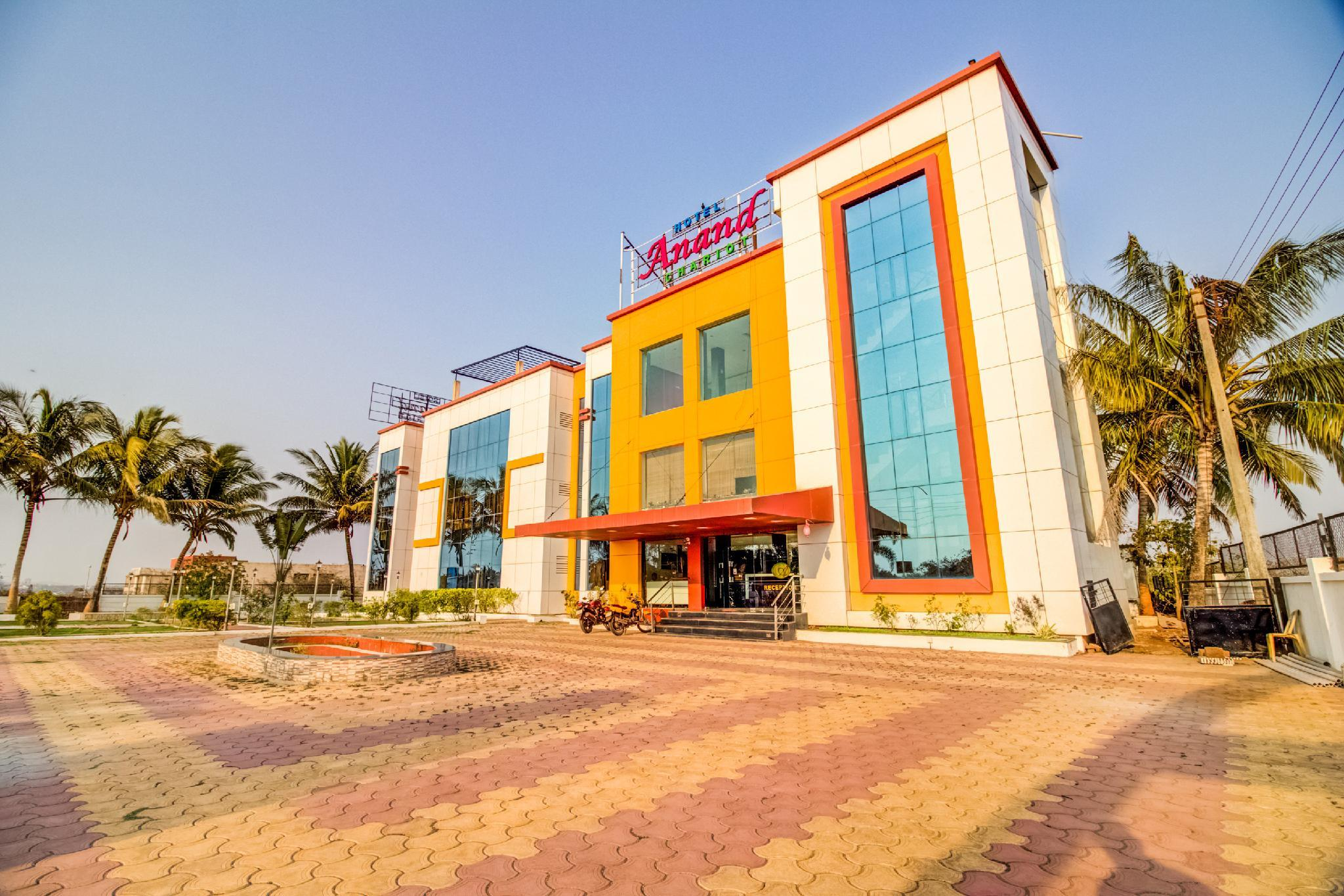 OYO 35676 Hotel Anand