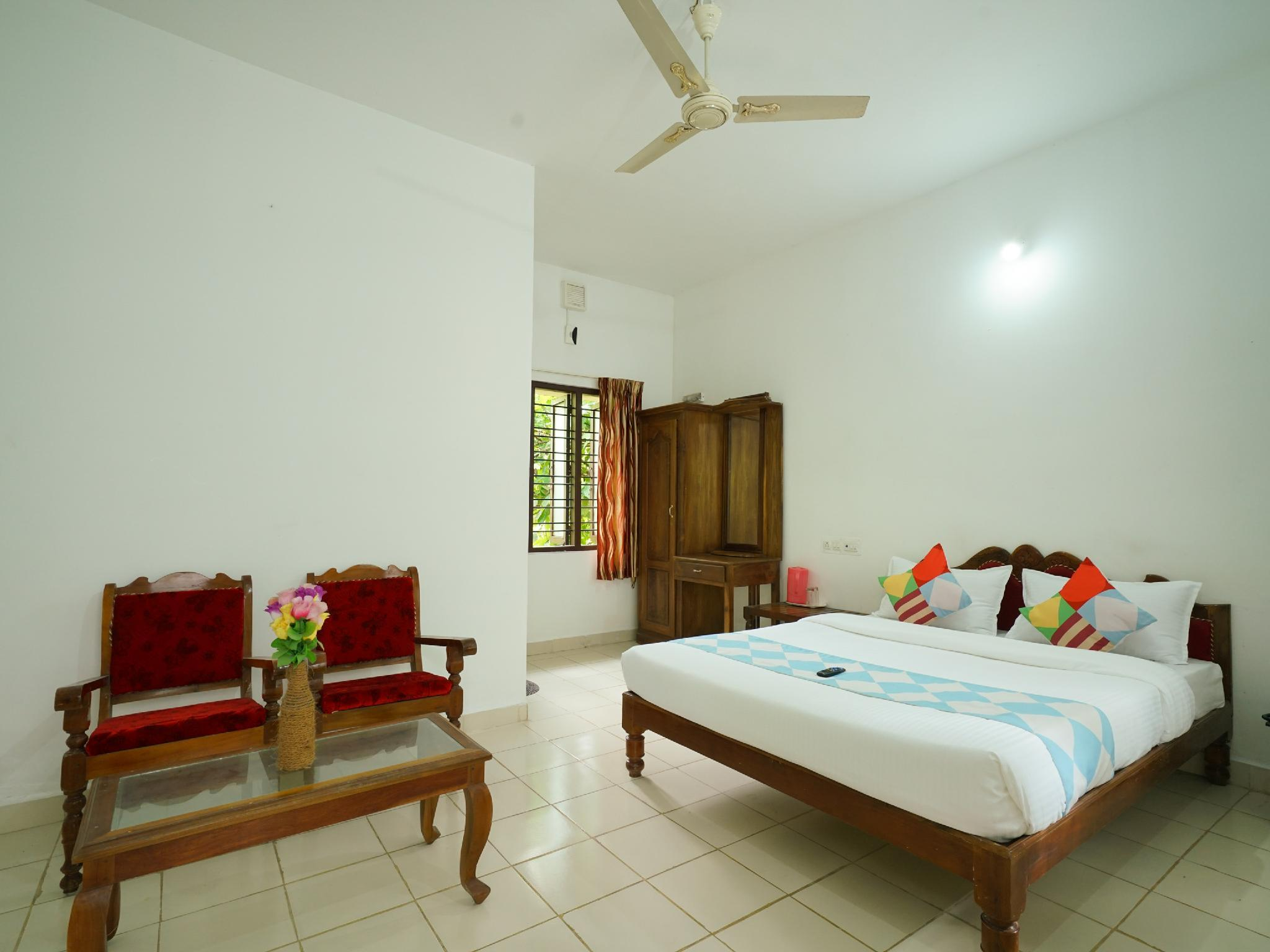 OYO 26502 Heart Land Cottages