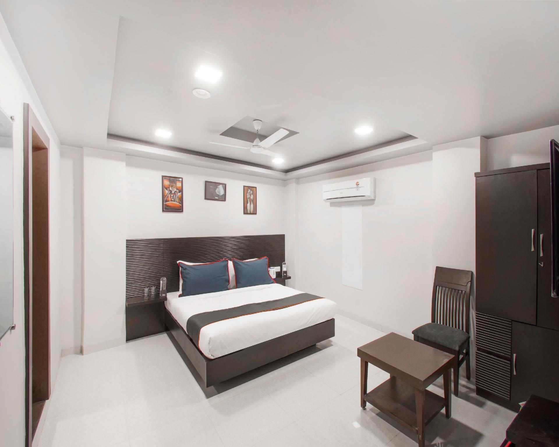 Collection O 30082 Vijay Nagar