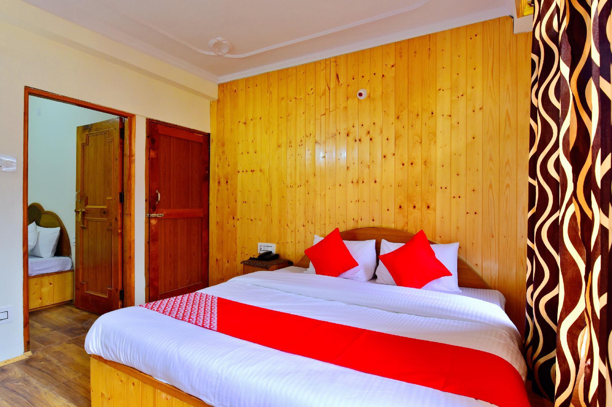 OYO 9482 Hotel Suraj Inn