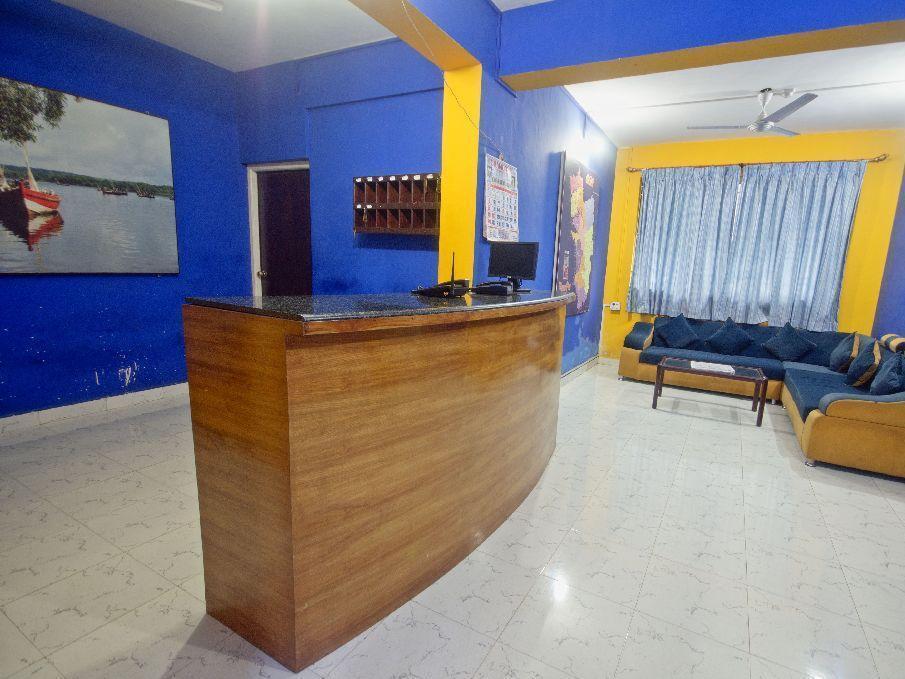Hotel Merit Residency