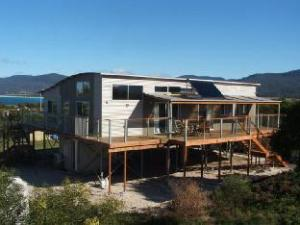 Seymour Waves Guest House