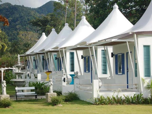 เดอะ ไวท์น็อต รีสอร์ท – The White Knot Resort
