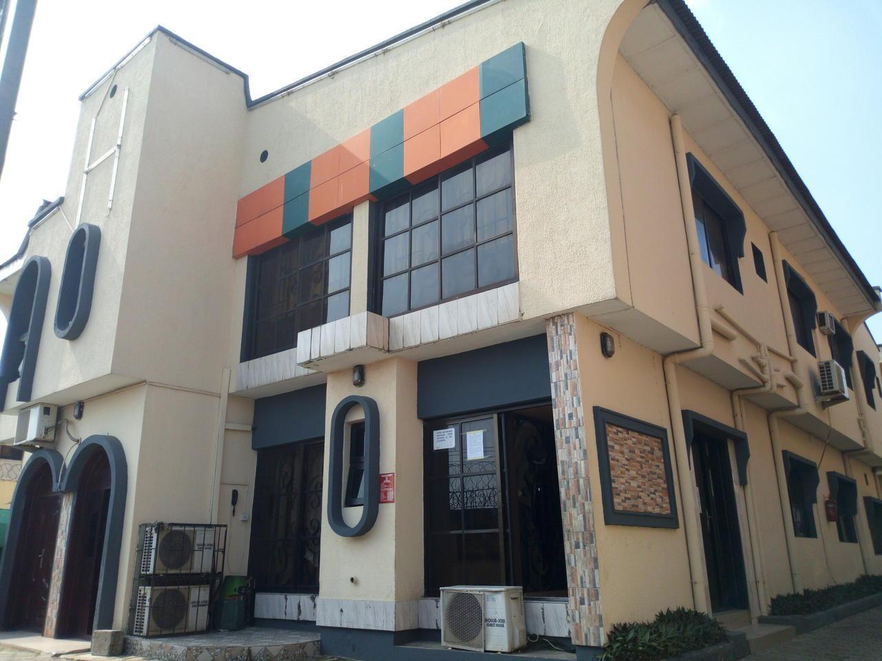 Holla Jobi Guest House
