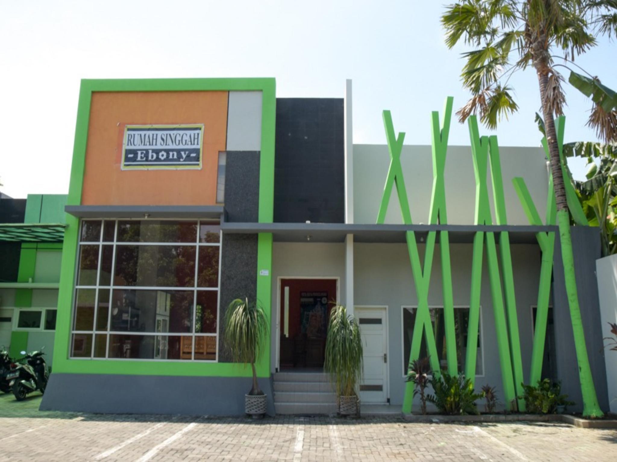 RedDoorz Syariah Near Balai Kota Probolinggo