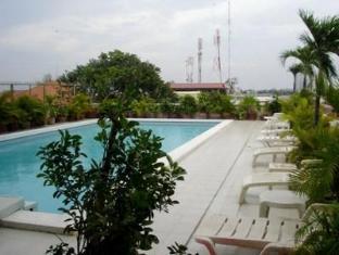 Casa Boutique Hotel Phnom Penhas - Baseinas