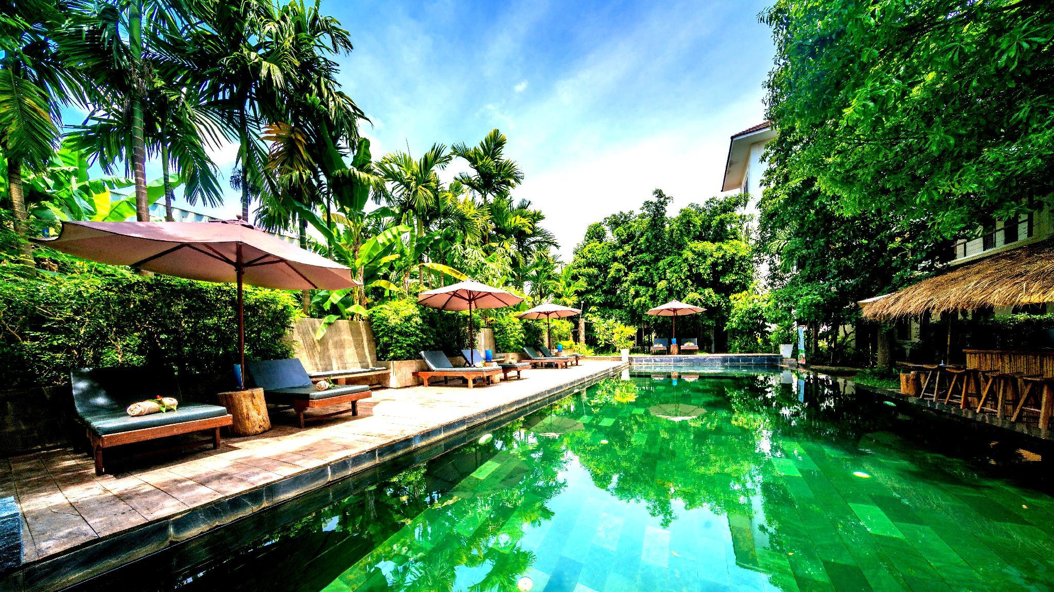 Luxury Deluxe Twin Room Pool View
