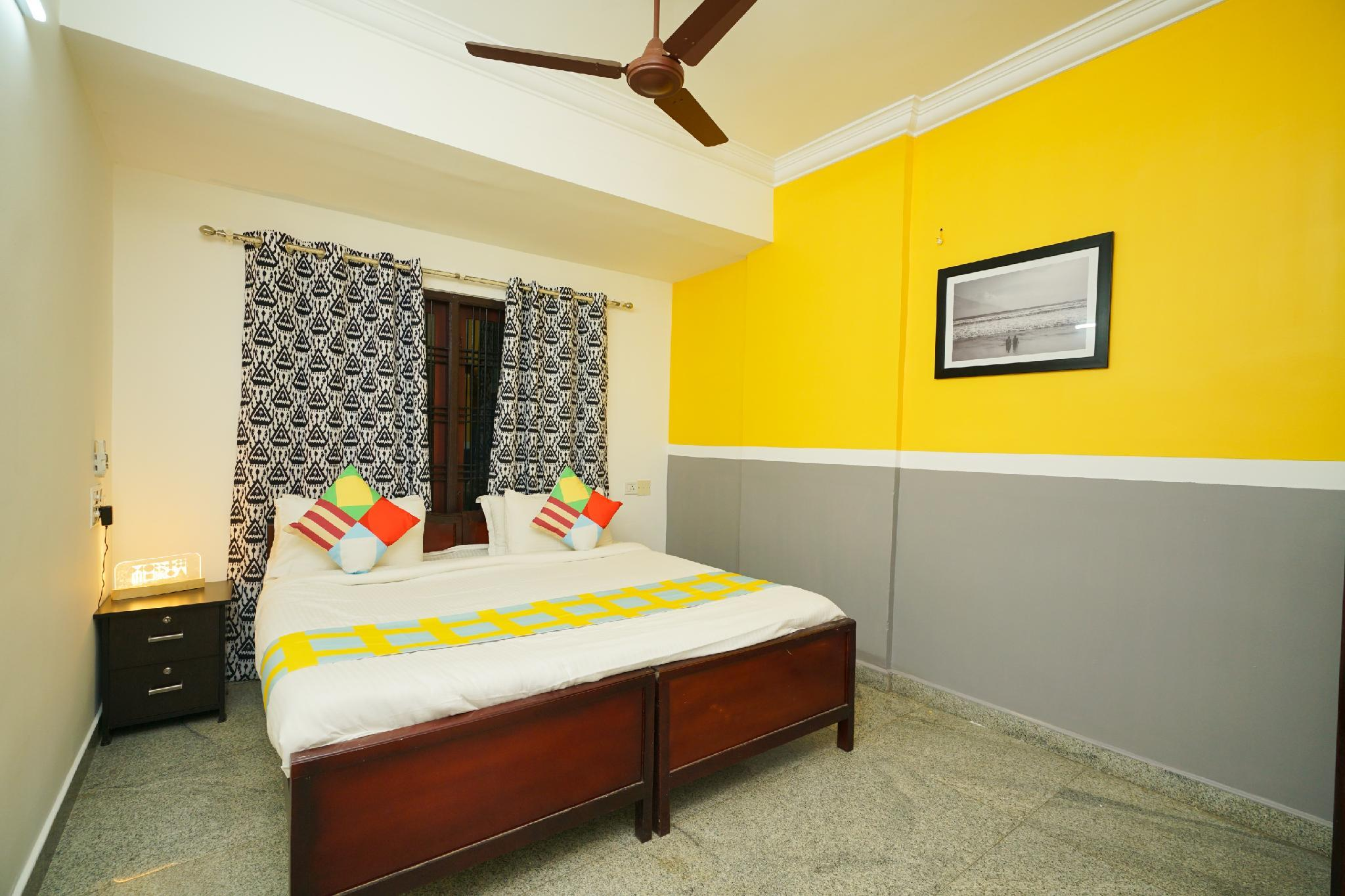 OYO Home 15412 Vibrant 1BHK Near Aluva Metro Station