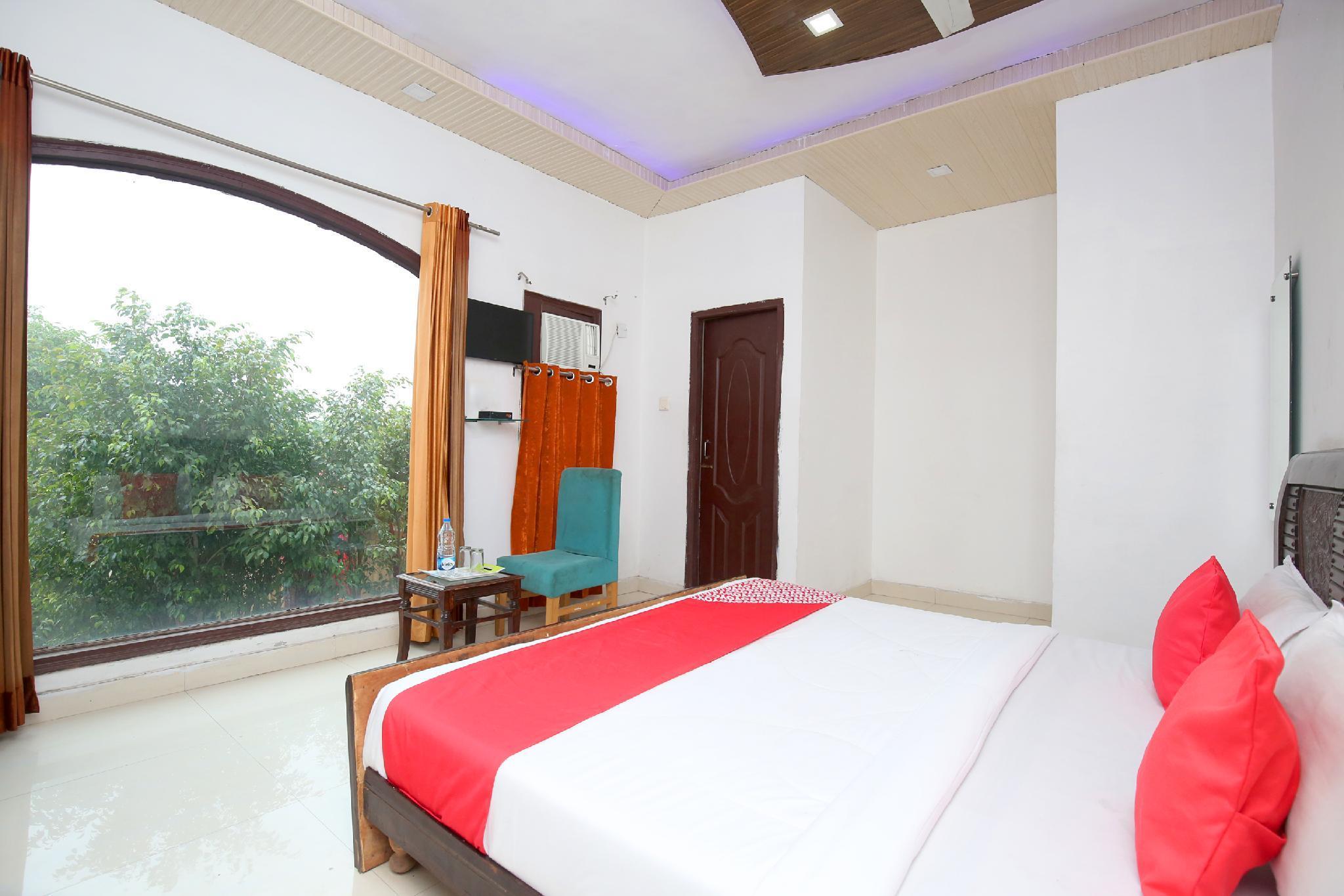 OYO 15996 Ma Resort