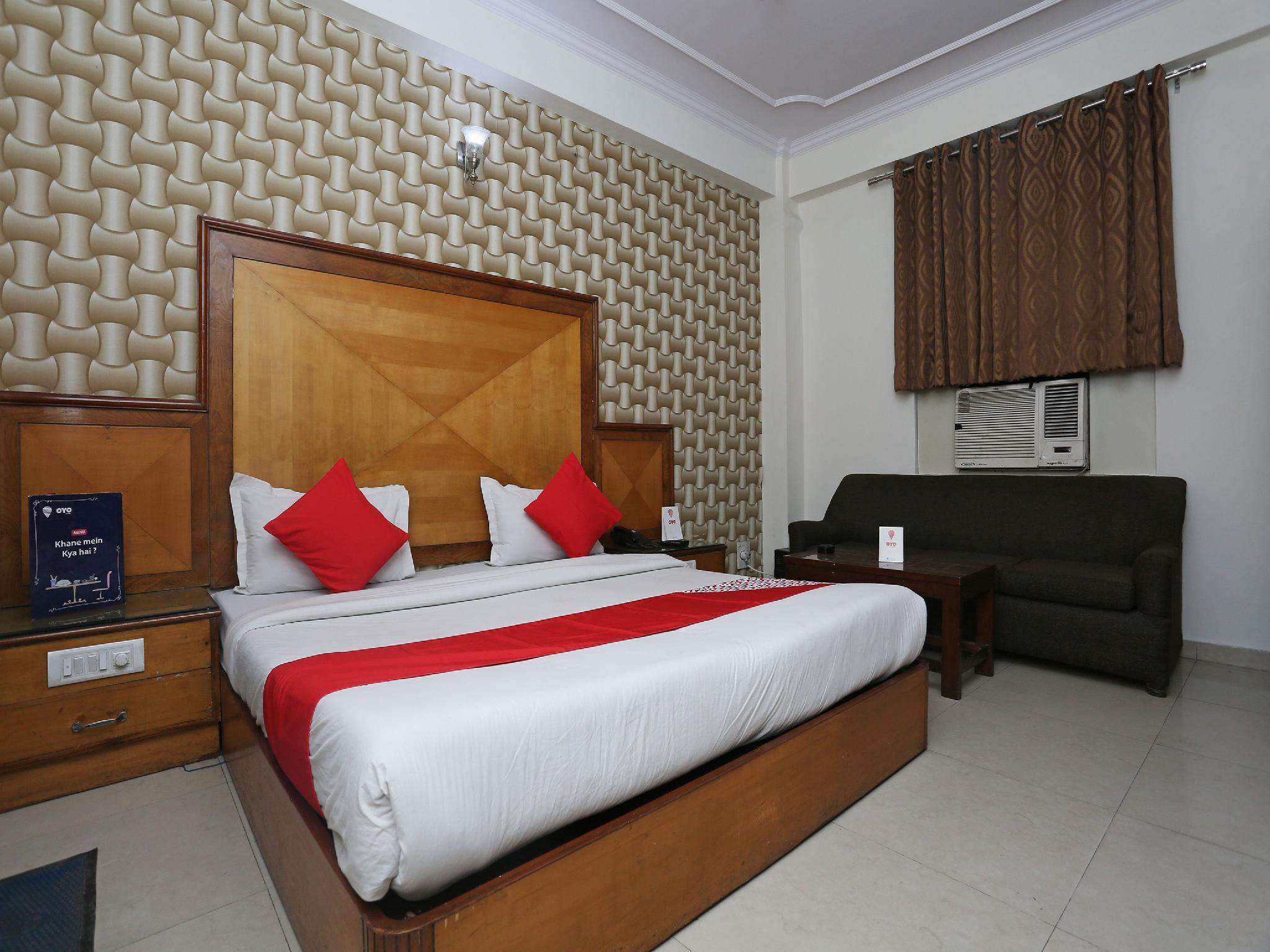 OYO 14710 Hotel Pallvi Palace