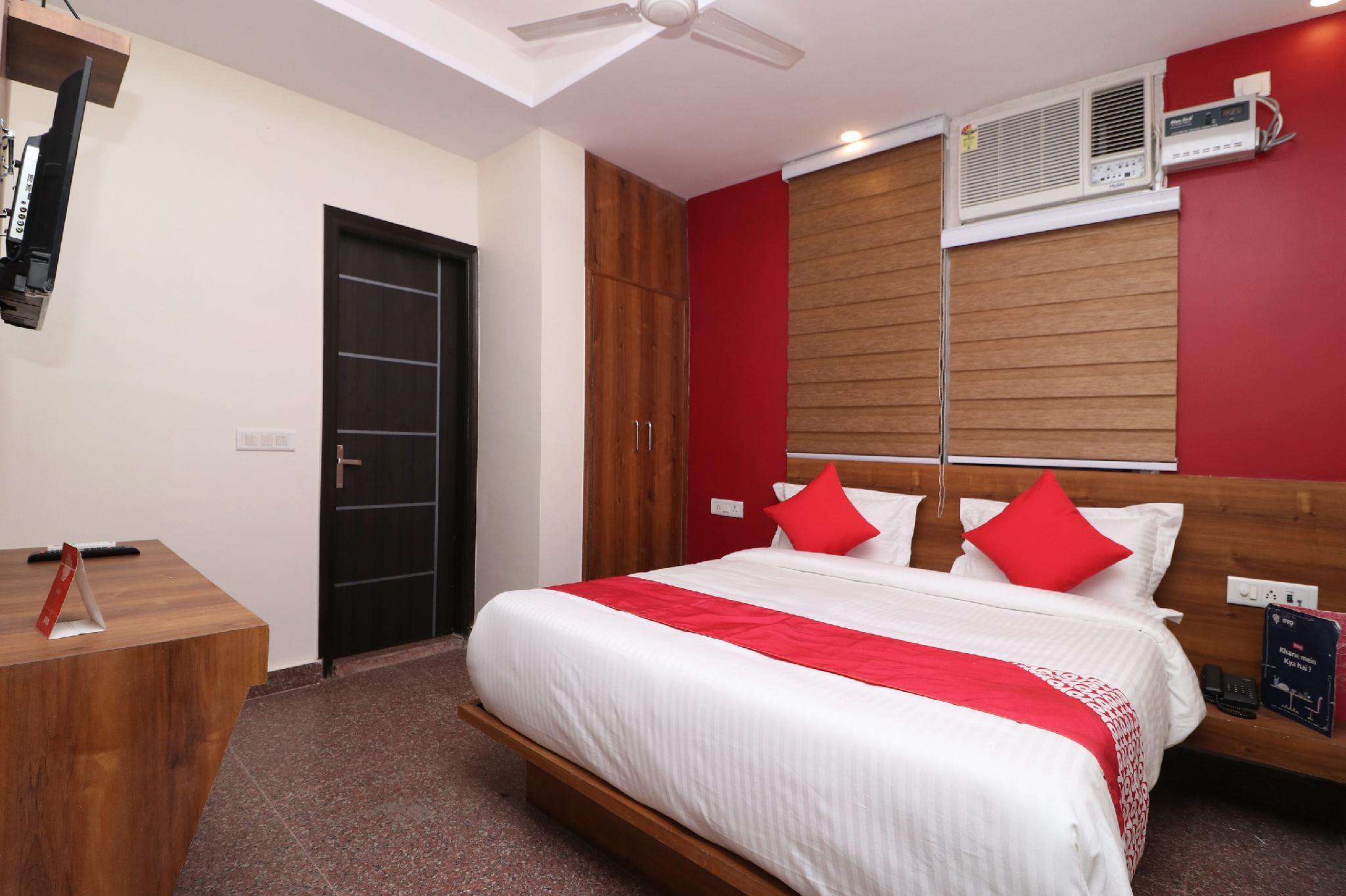 OYO 36848 Embellish Inn