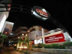 Crown Regency Residences Cebu Hotel