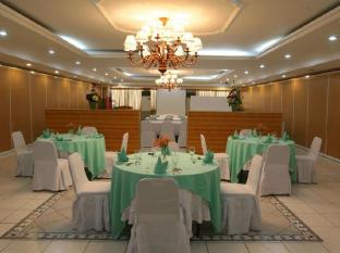 Crown Regency Residences Cebu Hotel Cebu City - Ballroom