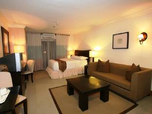 Crown Regency Suites And Residences - Mactan otok Mactan  - Gostinjska soba