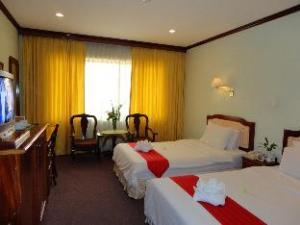 (Angkor Hotel)