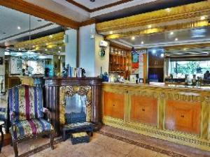 โรงแรม เดอะ โกลเดน ไพน์ (Golden Pine Hotel)