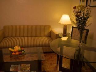 El Rico Suites Hotel Manila - Living Room 1 Bedroom Suite