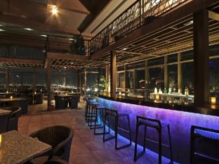 The Bellevue Manila Manila - Pub/Lounge