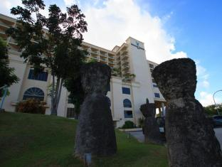 Holiday Resort & Spa Guam - Tampilan Luar Hotel