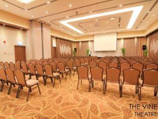 The Metropolitan Y Hotel Singapore - The Vine Ballroom