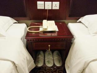 East Asia Hotel Macau - Bedside table