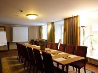 CRU Hotel Tallinn - Meeting Room