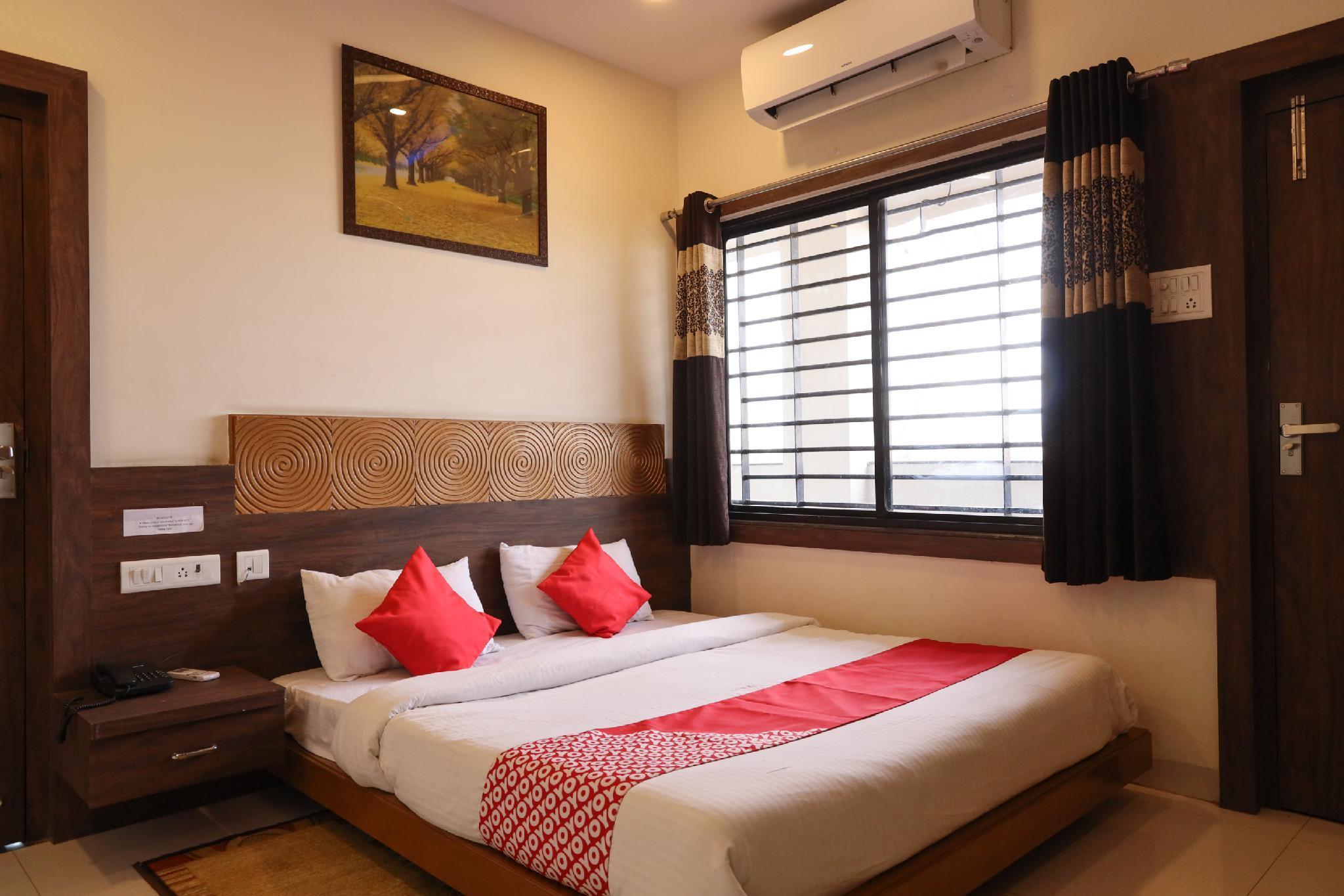 OYO 36612 Hotel Jagat
