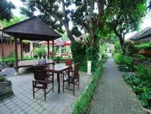 Yulia Beach Inn Hotel - Bali