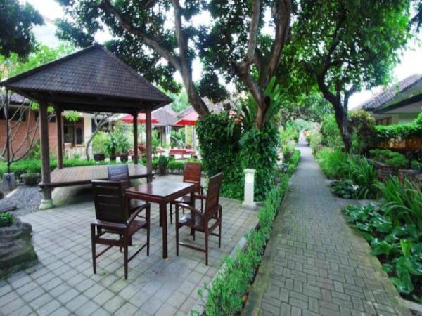 Yulia Beach Inn Hotel Bali